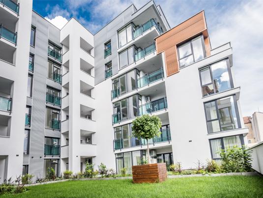 poza exterior arad plaza bloc apartament
